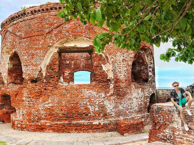 Bangunan Unik di Pulau Kelor, sumber ig dyenferdiansyah