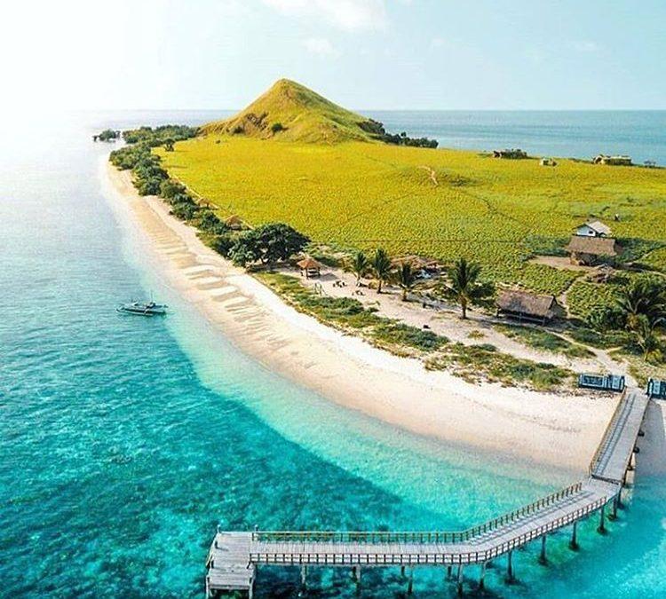 5 Aktivitas di Pulau Kanawa yang Tidak Bisa Dilewatkan