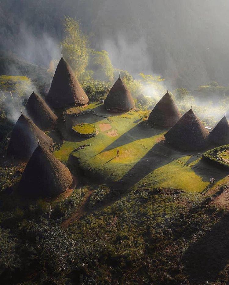 Desa Wae Rebo, sumber ig carnaby.indonesia