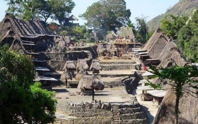 Berwisata Menikmati Pesona Desa Bena Labuan Bajo