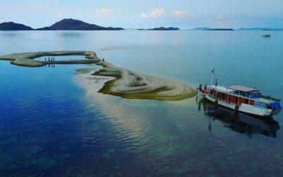 Atol Magiatan, Pulau Karang di Labuan Bajo Yang Mempesona