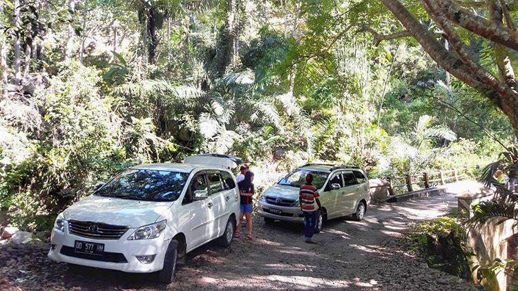 Transportasi Menuju Labuan Bajo, sumber ig transfloresrental