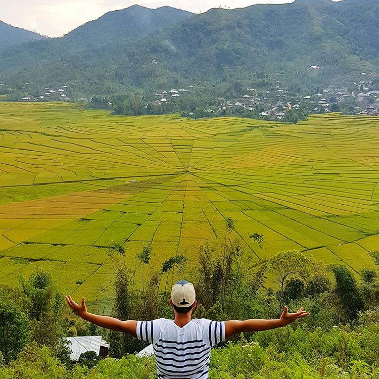Berwisata di Sawah Lingko Labuan Bajo, sumber ig marceljerrywinata