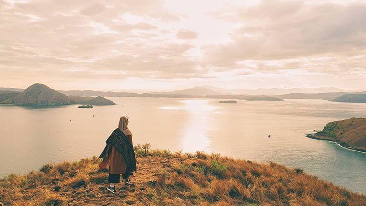 Pemandangan di Sekitar Pulau Padar, sumber ig immanuel_ben