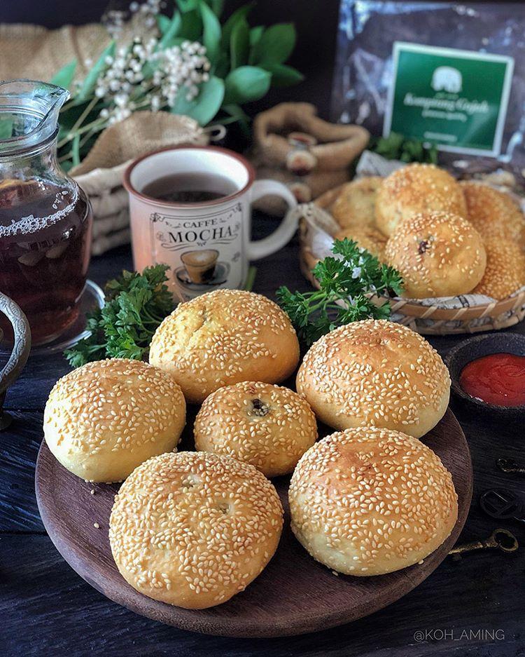 Roti Kompiang, sumber ig koh_aming