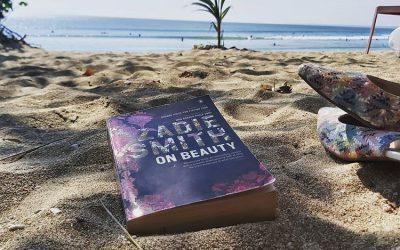 Manfaat Membaca Buku Saat Traveling